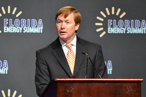 Commissioner Putnam speaks at the Florida Energy Summit in 2013.