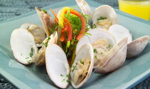 Wine-Steamed Clams